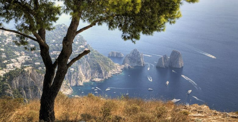 yacht crew in Italy can move about with some restrictions due to COVID-19