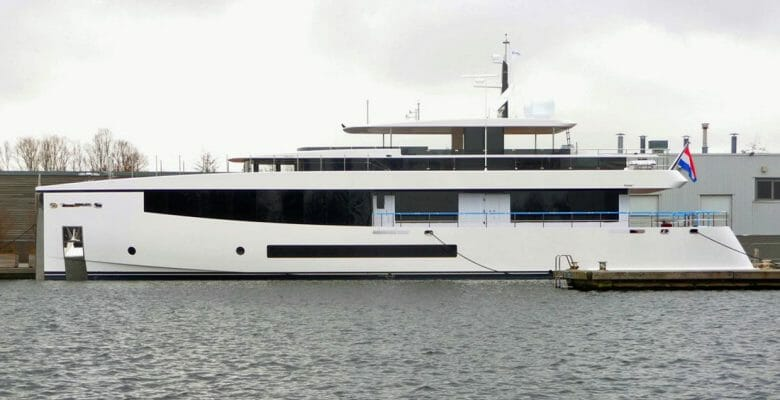 Feadship Hull 691 Hull 693
