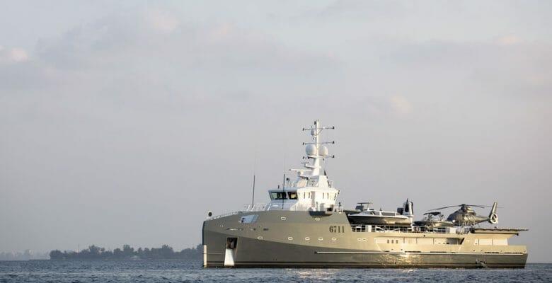 superyacht 6711 Damen Fast Yacht Support Vessel