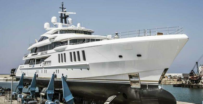 superyacht Spectre Benetti launch