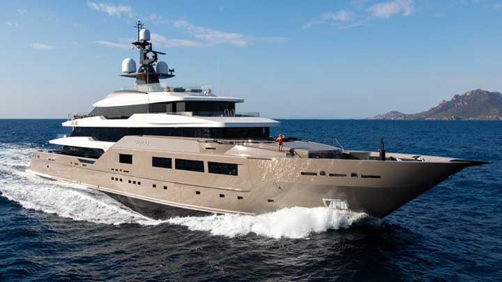 Tankoa Yachts Solo is part of a Super Bowl LIV and a superyacht experience package