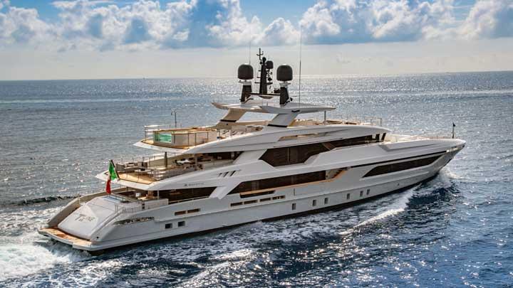 Baglietto megayacht Silver Fox Miami Yacht Show megayachts