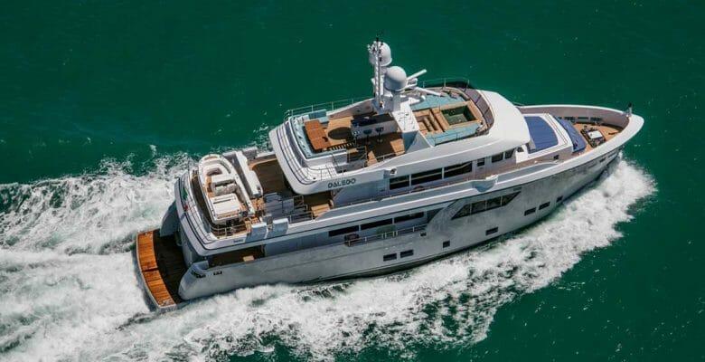 megayacht CdM Pre-Owned Sales Department