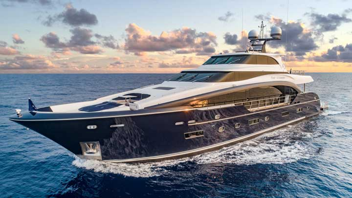 hull seven of the Horizon RP110 superyacht series is going to Australia