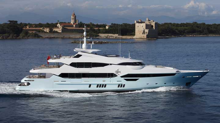 the Sunseeker Blush is among the megayachts at the Monaco Grand Prix in 2019
