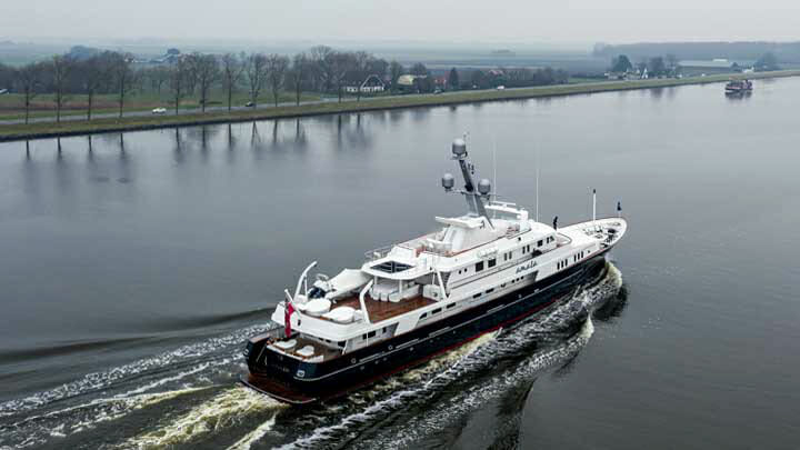 pre-refit, the 35-year-old Amara superyacht set sail for Feadship