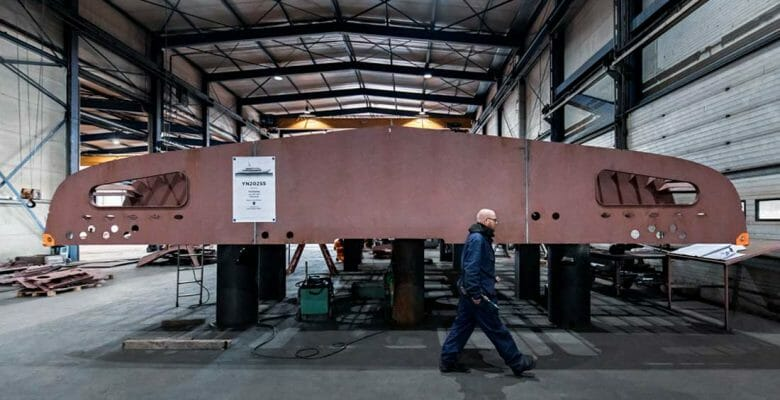 the Heesen superyacht Project Apollo keel laying
