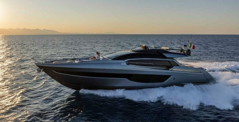 the Riva 76 Perseo Super megayacht flies across the water